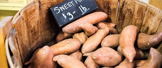 sweet-potatoes-912635_1280